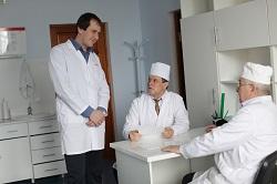 Чем отличался подходы по проблемам урологии в клинике профессора Азизова
